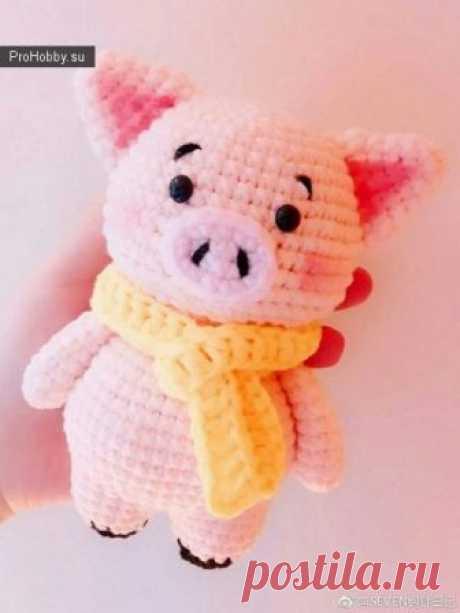 El cerdo rosado por el gancho \/ la Labor de punto de los juguetes \/ ProHobby.su | la Labor de punto de los juguetes por los rayos y el gancho para los principiantes, el maestro las clases, el esquema de la labor de punto
