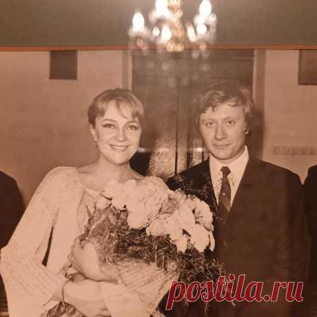 Актриса Мария Миронова показала архивный снимок со свадьбы родителей | SM.News
