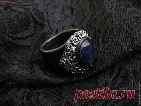 """Купить Кольцо """"Сапфировая Ночь"""" - черный, кольцо с камнем, кольцо ручной работы, кольцо из кожи"""