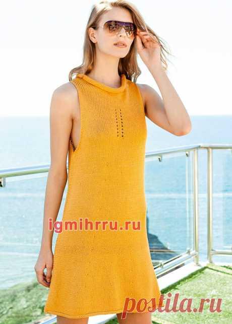 Лаконичное желтое мини-платье с заниженными проймами. Вязание спицами со схемами и описанием