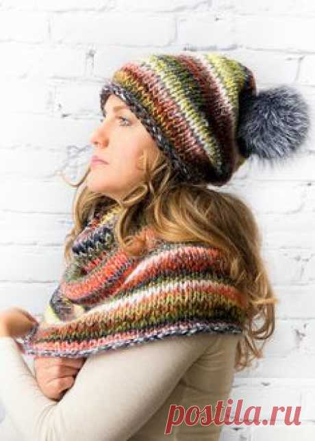 Chunky wool handmade hat and cowl Chunky hand knitted set