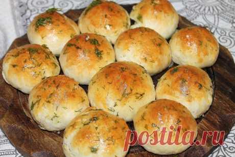 Ароматные, пышные булочки с сыром и чесноком   Fresh.ru