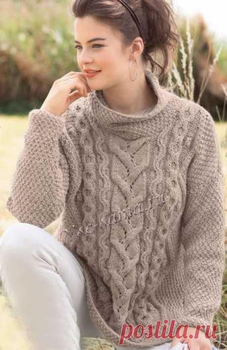 Бежевый пуловер оверсайз