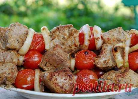 Шашлык из телятины в красном вине с помидорами черри - Шашлык от 1001 ЕДА