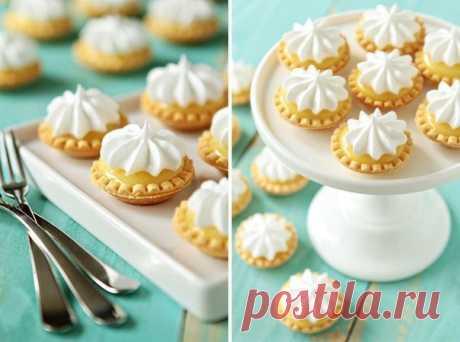La mejor receta tartaletok (2 tipos del test - los postres y bajo las colaciones). ¡Resultará es más sabroso de tienda!