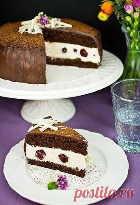 Торт с вишней