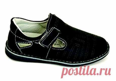 У нас для Вас Новинки- Детская обувь Calypso.    1.Ботинки Calypso Различные модели. Материал верха: искусственная кожа. Материал подошвы: Резина. Размеры: от 25-36 2.Сандалии Calypso Различные модели. Яркие цвета. Материал верха: искусственная кожа. Материал подошвы: Резина. Размеры: от 25-35 3.Кроссовки различных моделей. Яркие цвета. Материал верха: искусственная кожа, текстиль. Материал подошвы: Резина, пластик Размеры: от 24-36 CALYPSO Ltd. Hong Kong