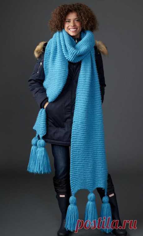 Вязаный шарф спицами для женщин модные модели