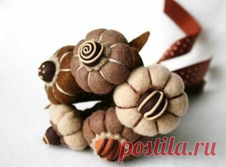Цветы из фетра с ароматом шоколада