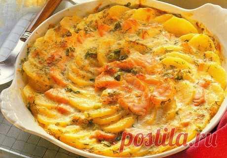 Картофельная запеканка с сёмгой Картофельная запеканка с сёмгой - очень вкусное блюдо, который вы можете легко приготовить по рецепту на этом сайте.Много хороших и проверенных рецептов в одном месте!