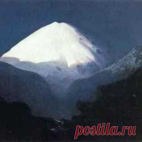 Как художник Архип Куинджи изображал величественный Эльбрус Красотами гор Куинджи был восхищен, когда уехал на Кавказ. При этом чтобы передать их первозданную красоту, ему пришлось превзойти самого себя