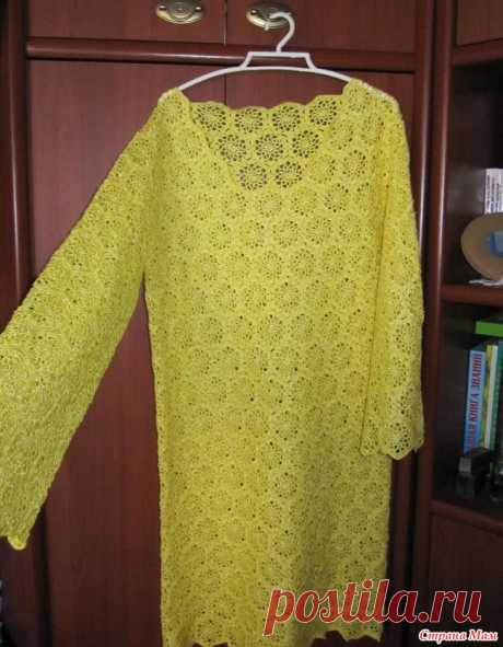 Ну вот еще одно платье (крючок) Этому платью уже два года. Теперь оно поменяло хозяйку и пришлось его немного довязать. И вот что получилось