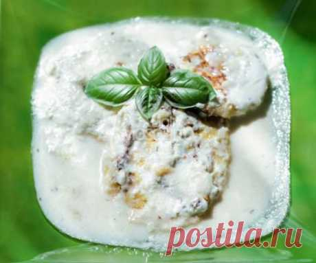 Сырники в сметанном соусе | 4vkusa.ru