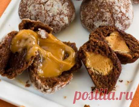 Шоколадное печенье с карамелью – кулинарный рецепт