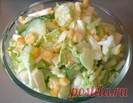Как приготовить салат с капустой, огурцами и кукурузой - рецепт, ингридиенты и фотографии