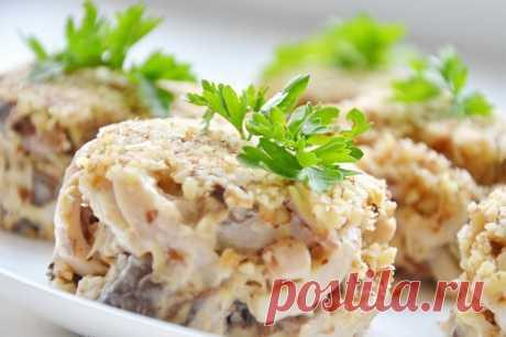 Салат с кальмарами и грецкими орехами — Sloosh – кулинарные рецепты