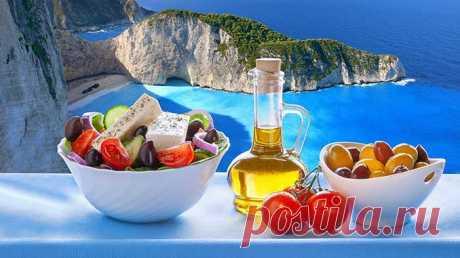Средиземноморская диета: основные правила и меню на неделю Средиземноморская диета - это скорее образ жизни. Мы не только расскажем вам как нужно питаться во время диеты, но и предложим вам меню на неделю