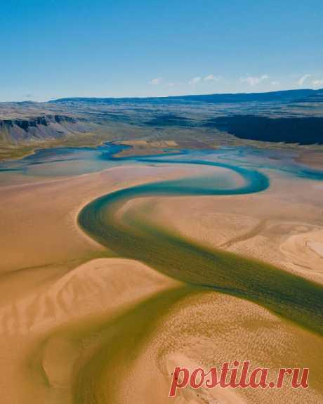Исландия с высоты птичьего полёта в фотографиях Миши Мартина