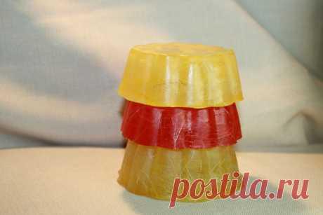 Название:  Мыло ручной работы «Тройняшка»  Материалы:  миндальное масло;   эфирные масла: отдушка ирландский крем, мандарин, апельсин;