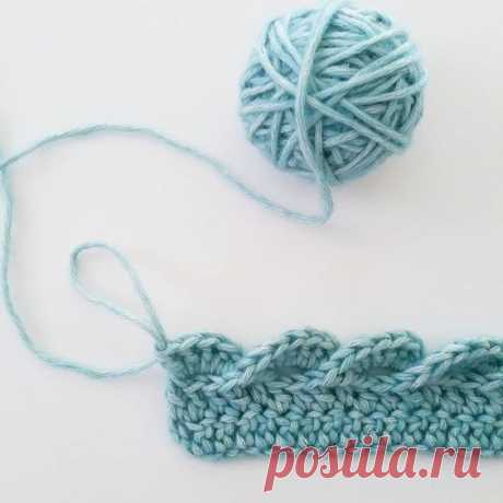 I think this is the 'Pink Wave Edge Tutorial' edging on Ravelry LOVE it in this color! | Crocheting