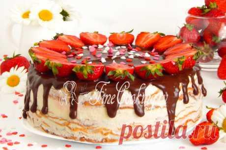 Блинный торт Крепвиль Рецептов блинных тортов, которые можно приготовить в домашних условиях, наверняка, сотни, а то и тысячи.