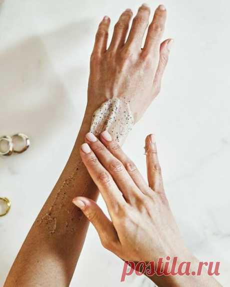 Руки - наша визитная карточка. 5 способов омолодить кожу рук в домашних условиях женщинам за 60 | Как молоды мы были | Яндекс Дзен