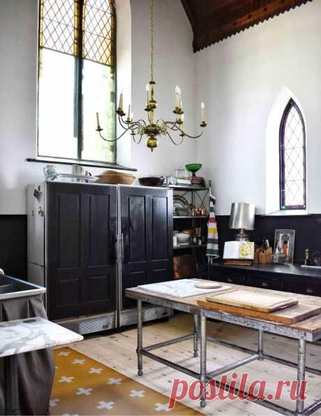 Церковь эпохи 1880-х годов превратилась в дом отдыха в Онтарио