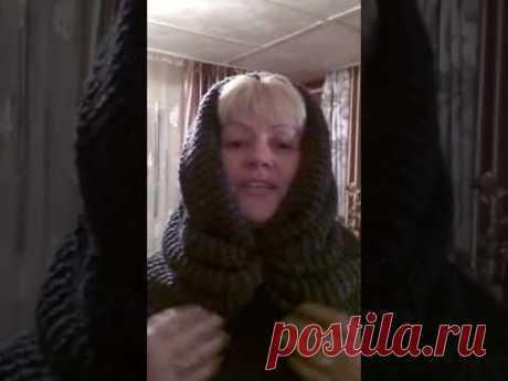 Как удобно и правильно надеть шарф-хомут