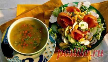 ТОП-10 рецептов вторых блюд для Великого поста — Бабушкины секреты Во время поста разрешается употреблять в пищу любые овощи, а также крупы, грибыи другие продукты.Что можно из них приготовить? Сытные и аппетитные блюда: ленивые голубцы, рис или спагетти с овощами, запеченный с помидорами картофель, овощное рагу с грибами или плов.
