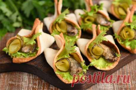 Готовлю бутерброды со шпротами оригинальным способом (рецепт с фото) | Совет да Еда | Яндекс Дзен