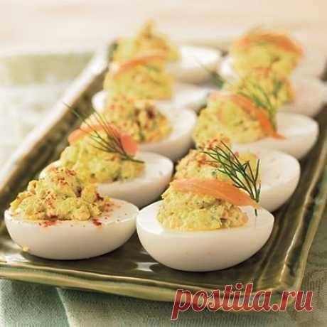 Фаршированные яйцана Новогодний стол 26 вариантов для начинки: 1. Обжарьте мелко порезанный лук и смешайте с желтком.... Флай леди - Мой Мир@Mail.ru