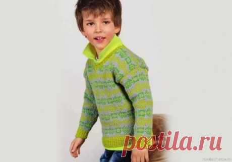 Детский жаккардовый пуловер в зелено-серых тонах. Описание | Вязание спицами для детей Детский классический пуловер с V-образным вырезом выглядит модно за счет необычной цветовой комбинации - сочетания двух оттенков зеленого.Размеры:104-110 (134-140)Вам потребуется:пряжа (100% мериносовой шерсти; 120 м/50 г) - по 100 (150) г светло-зеленой, зеленой и серой; спицы № 4 и...