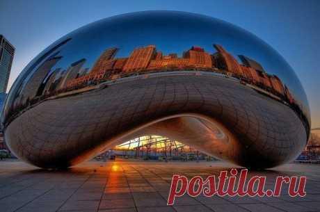 Америка. Вот эта капля ртути массой всего 110 тонн.  Находится это удивительное здание в Чикаго.