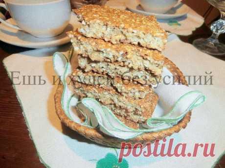 Овсяное печенье с кунжутом за 5 минут Овсяное печенье с кунжутом - это быстрое и простое печенье на скорую руку. Печенье получается вкусным и полезным, его можно делать мягким или хрустящим.