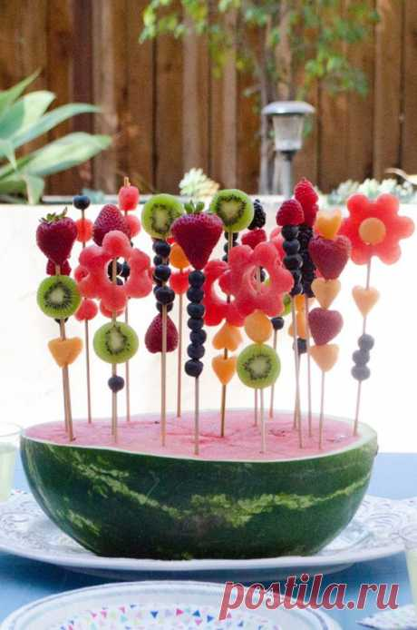 These watermelon masterpieces are the perfect summer snacks!
