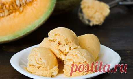 Бананово-дынное мороженое Бананово-дынное мороженое - пошаговый кулинарный рецепт приготовления с фото, шаг за шагом.
