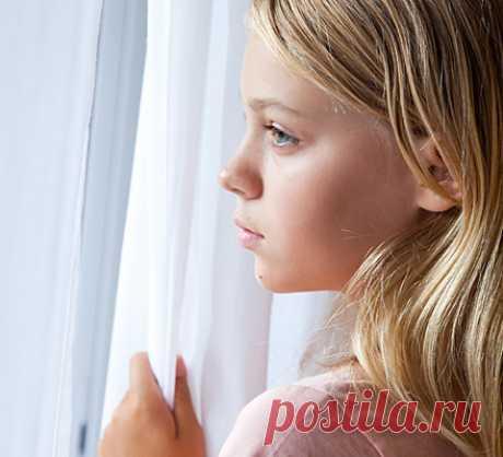 Главная задача родителя подростка — стать ему ненужным Что такое подростковый возраст для родителей? Это ужасно противный период, соглашусь с этим, но рано или поздно он кончается. И дети становятся совсем не такими, какими были в этом возрасте. Одна из самых больших ошибок — думать, что ребенок таким останет