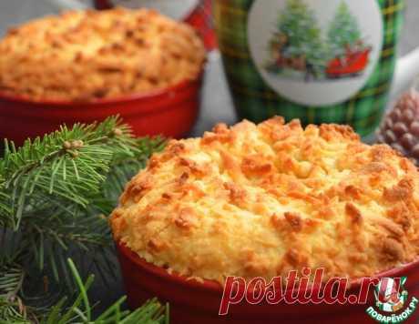 Порционный тертый пирог со сметанной начинкой – кулинарный рецепт