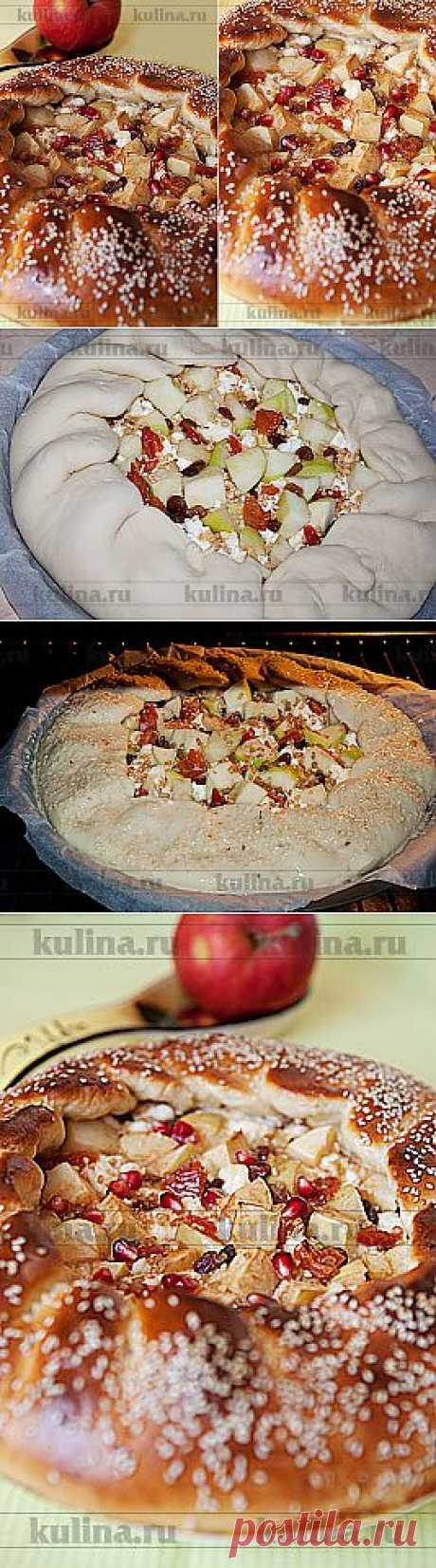 Дрожжевой пирог с творогом, яблоками и курагой – рецепт приготовления с фото от Kulina.Ru