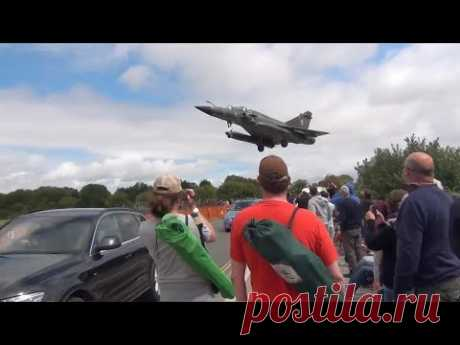 Jets Fighter in Low Pass - Shocking Spectacors - YouTube