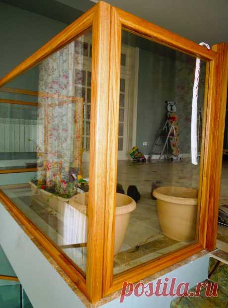 Ограждения из стекла и дерева