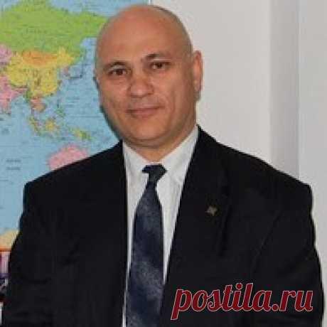 Борис Пиковер