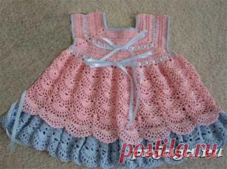 Платье девочке крючком с веерным узором
