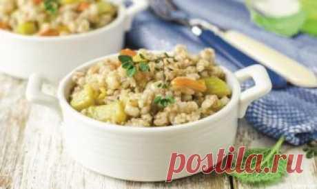 Перловая каша с консервированным тунцом и овощами — Кулинарная книга - рецепты с фото