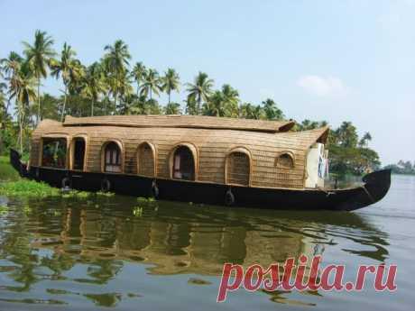 Дома-лодки в Керале, Индия