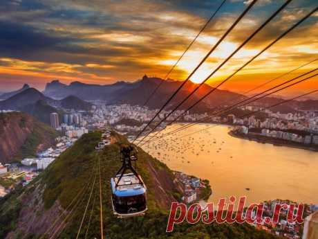 Канатная дорога в Рио-де-Жанейро, Бразилия.   Канатная дорога в Рио де Жанейро является одной из самых старых и известных достопримечательностей Бразилии. Построили ее еще в ...