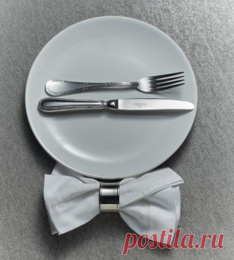 Что означает положение ножа и вилки на столе и на тарелке — www.wday.ru