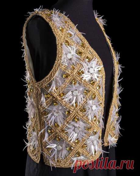 Вышивка с рафией от Johan Luc Katt | Журнал Ярмарки Мастеров