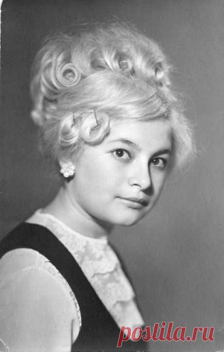 Людмила Захаренко