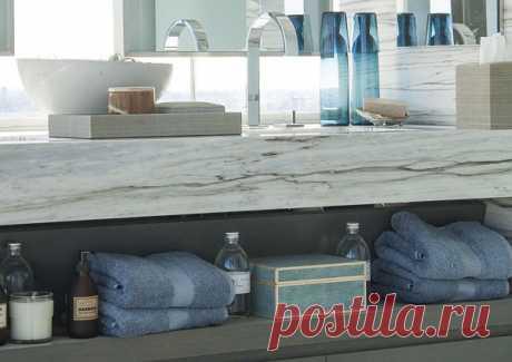 Стильные и практичные полки для ванной комнаты